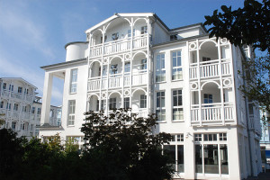 Ferienwohnung auf Rügen kaufen - Hier:  Eine Ferienwohnung im Stil der Bäderarchitektur im Ostseebad Sellin