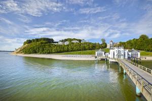 Immobilien in Sellin - Rügen boomt  Hier: Blick von der Selliner Seebrücke auf Sellin